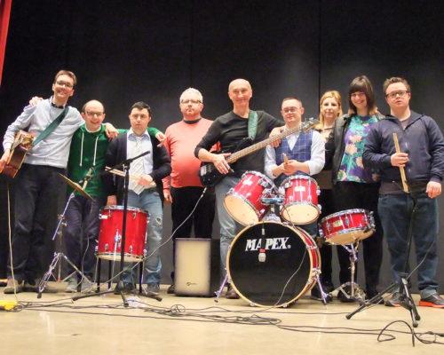 Dieci Più Group – band diversamente musicale